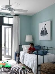 chambre bleu enfant 20 idées déco pour une chambre enfant fonctionnelle et