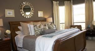 How To Dress A Bedroom Window Bedroom Master Bedroom Decor How To Decorate A Bedroom Classy
