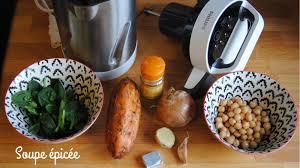 cuisiner avec un blender recette soupe épicée avec le blender chauffant soupmaker de