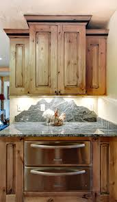 Wood Kitchen Cabinets by Best 25 Knotty Alder Kitchen Ideas On Pinterest Rustic Cabinets