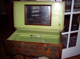 Vintage Vanity Table The Idea About Woman U0027s Beauty And Vintage Vanity Table Home