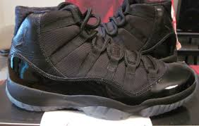 blacked out friday air jordan 11