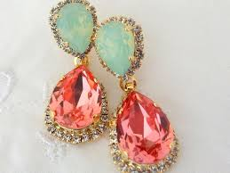Sparkly Chandelier Earrings 10 Gorgeous Earrings For Your Wedding Day
