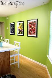 our kitchen before valspar emerald isle and emerald colour