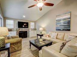 pictures of kitchen islands with seating for 6 for big family free golf gorgeous pet friendly linkside vrbo