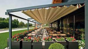 Outdoor Shades For Patio by Retractable Awnings Outdoor Awnings Retractableawnings Com