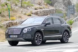 bentley jeep black bentley bentayga plug in hybrid spyshots by car magazine