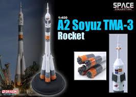 amazon com dragon models 1 400 a2 soyuz tma 3 rocket toys u0026 games