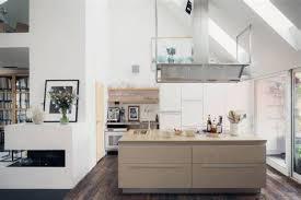 cuisine lambris cuisine bois design 15 lambris pvc le rev234tement mural et