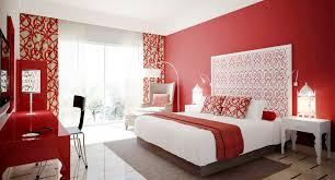Schlafzimmer Anthrazit Streichen Kräftige Wandfarben Für Schlafzimmer Rote Details Entspannende