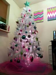 Decorate Christmas Tree With Tulle by Smart N Snazzy 12 Diys Of Christmas Day 3 Tulle For Your Tree
