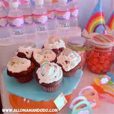 decoration cupcake anniversaire recettes pour anniversaire arc en ciel les cake pops et les
