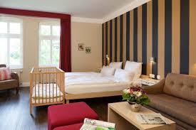 Schlafzimmer Einrichten Mit Kinderbett Zimmer