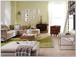 Wohnzimmer Einrichten Bilder Angenehm On Moderne Deko Idee Mit