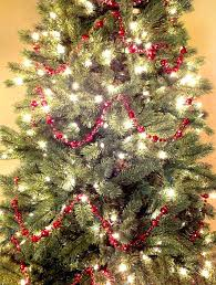 pearl garland for tree i finally figured out the