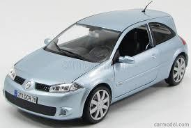 renault megane 2005 burago 12074lb scale 1 18 renault megane sport 2 door 2005 very
