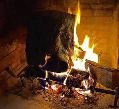 brucialegna per camino come sistemare la legna nel camino idee green