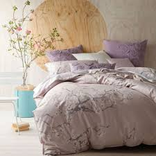 chambre couleur lilas couleur lilas et autres tons pastel pour décorer la chambre