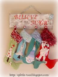 spittin toad christmas stocking hanger holder