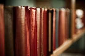 Decorative Bookshelves by Decorative Bookshelves For Every Room Apartmentguide Com