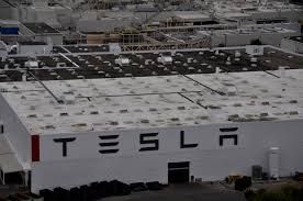 tesla factory tesla factory workers looking to unionize send list of demands to