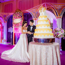 wedding cake hong kong wedding cake wednesday hong kong disneyland disney weddings