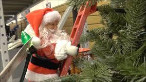 2016 lowe u0027s christmas display super climbing santa finding dory