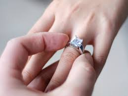 how much are engagement rings let s see how much south africans are spending on engagement rings
