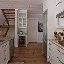 cuisine en coin cuisines beauregard cuisine réalisation 284 armoires de style