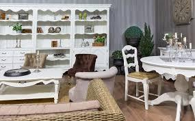 wohnzimmer wohnlandschaft wohnzimmer mit sofa im landhausstil hell und so gemütlich