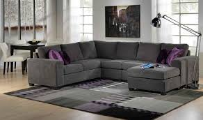U Shaped Sectional With Chaise For The Main Sitting Area One Side With A Back And One As A