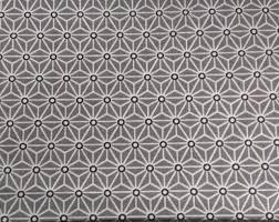 nappe en coton enduit saki gris les carollaises les jolis tissus enduits