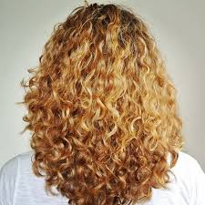 rounded layer haircuts long round layers on curly hair long layer hair cut pinterest