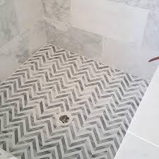 Marble Tile Bathroom Floor Best 25 Shower Tile Designs Ideas On Pinterest Bathroom Tile