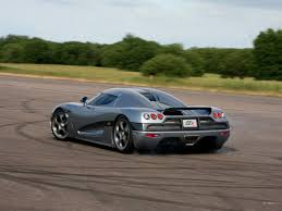 light blue koenigsegg a koenigsegg agera rs just clocked a record breaking 277 9mph