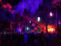 Spirit Of The Suwannee Christmas Lights Night Of The Loving Dead U2014 Suwannee Hulaween 2017 Event Review
