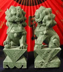 jade lion statue foo dogs