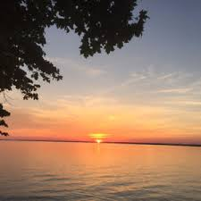 Cottages For Rent On Lake Simcoe by Lake Simcoe Orillia Uptergrove 4 Season Cottage Ontario
