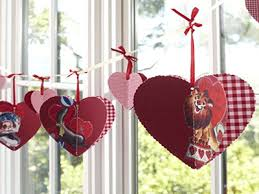 Ideas For Homemade Valentine Decorations by Simple Homemade Valentine Decorations With Funny Hanging Love