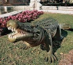 93 best horror images on garden