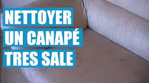 nettoyer un canape en tissu avec du bicarbonate nettoyer le tissu d un fauteuil 10 avec comment nettoyer un canape