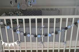 chambre garcon gris bleu décoration chambre enfant bébé bleu gris noir éléphant formes
