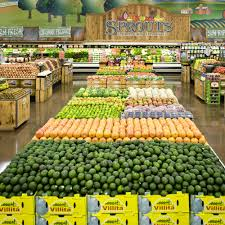 need a last minute food run these grocery stores are open on