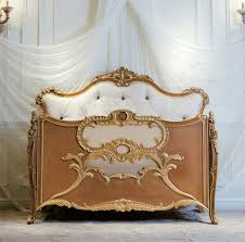 Italian Cribs Luxury Royal Crown Customized Color New Born Wooden Baby Bed Crib