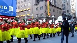 hawaii all band at the thanksgiving day parade
