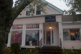 Cape Cod Consignment Shops - the best clothing stores on the cape