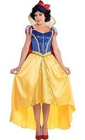 Female Halloween Costumes 25 Snow White Costume Ideas Snow White