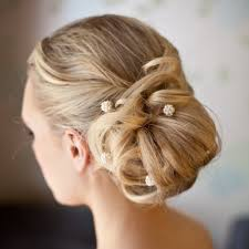 bridesmaid hair to the side popular long hairstyle idea