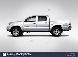 white toyota truck toyota tacoma stock photos u0026 toyota tacoma stock images alamy