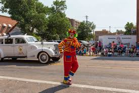 spirit halloween cheyenne wy parade day 2017 downtown development authority of casper wyoming